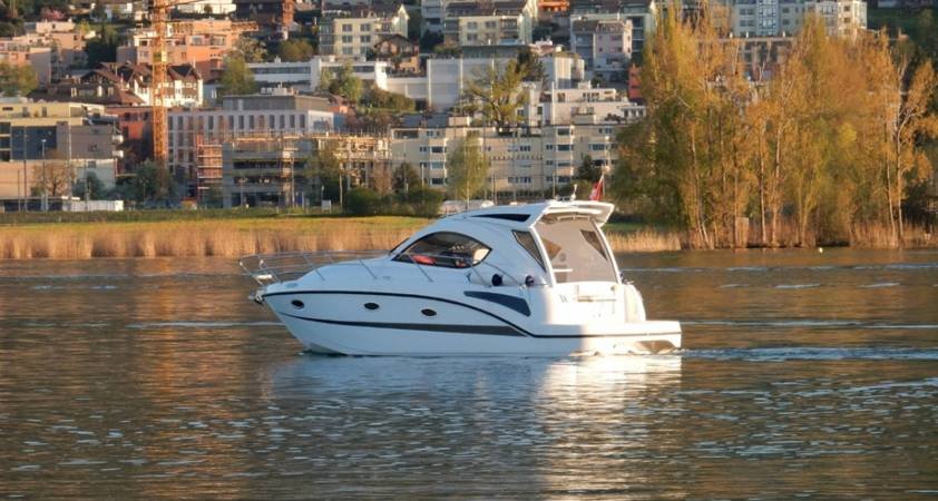 Pearlsea Yachts - 31 Coupe