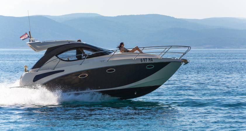 Pearlsea Yachts - 31 Hard Top