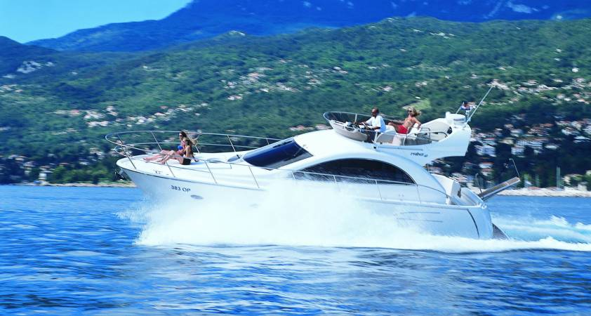Pearlsea Yachts - 40 Fly